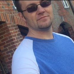 Adam (39)