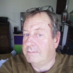 Nigel is looking for singles for a date
