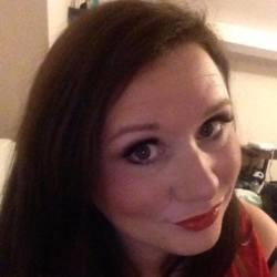 sexting  Julia in Newcastle upon Tyne