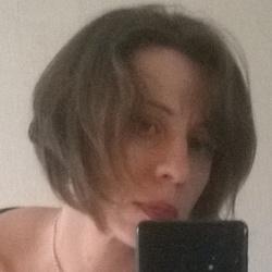 Helen (40)