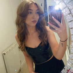 Crystal is looking for singles for a date