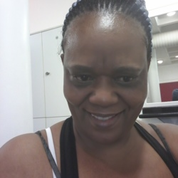 Kele is looking for singles for a date