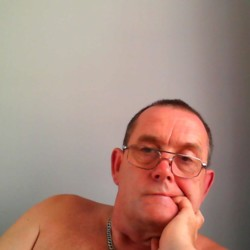 Geoff is looking for singles for a date