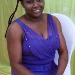 Alicia (50)