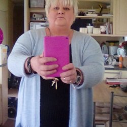 Yvonne is looking for singles for a date