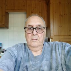 Alan (77)