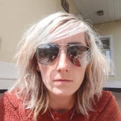 Maggie (39)