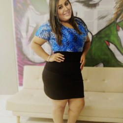 Kimberly is looking for singles for a date