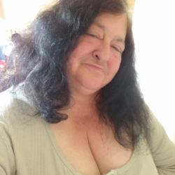 Toni is looking for singles for a date