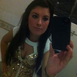 Elly (25)