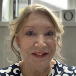 Maureen (69)