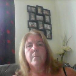 Julie (52)