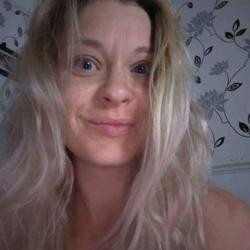 Donna (41)