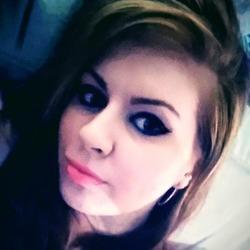 Shana (28)