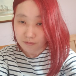 Yeoungeun is looking for singles for a date