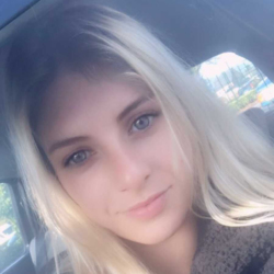 Nichole is looking for singles for a date