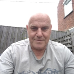 Redkev is looking for singles for a date