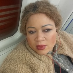 Hadiza is looking for singles for a date