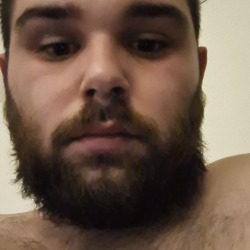 Danielb is looking for singles for a date