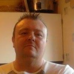 Alantaffy is looking for singles for a date