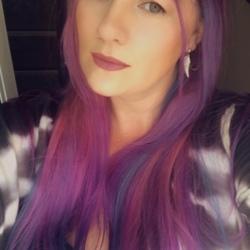 Kayleigh (33)