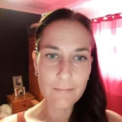 Jacqueline (38)