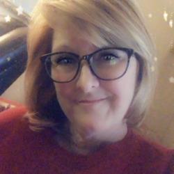 Dana, 55 from Arkansas